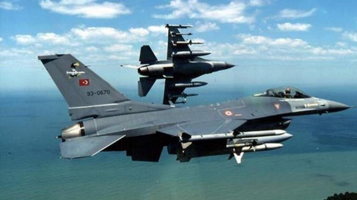 Τουρκικές προκλήσεις ανήμερα της εθνικής επετείου με παραβιάσεις του ελληνικού εναέριου χώρου