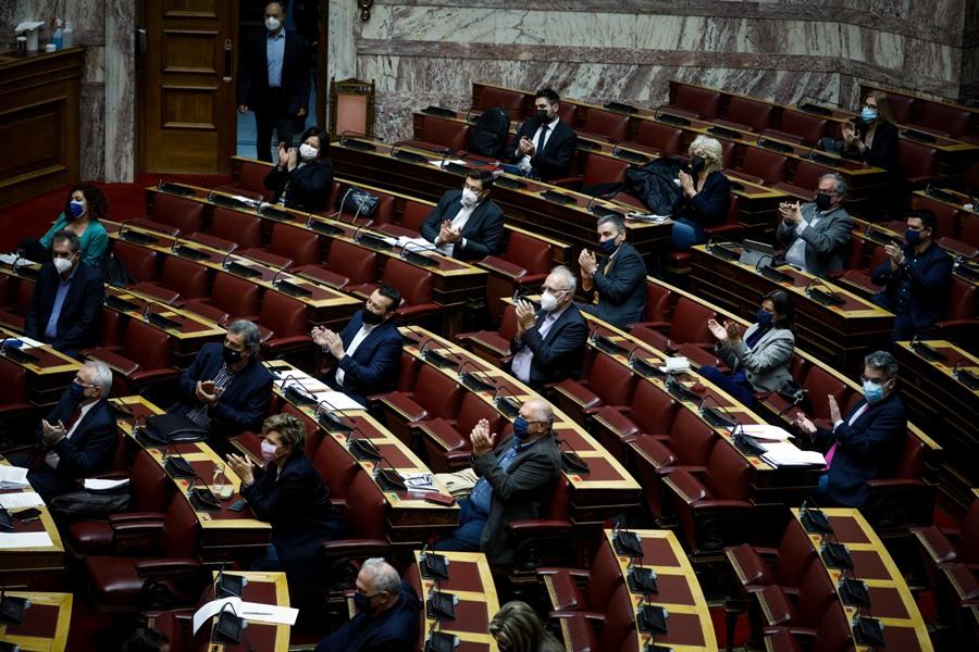 Υπόθεση Λιγνάδη: Ερώτηση 35 βουλευτών του ΣΥΡΙΖΑ – ΠΣ στον Χρυσοχοΐδη για το format στον υπολογιστή του