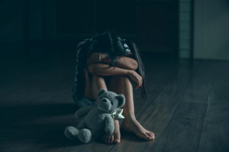 Βιασμός 8χρονης στη Ρόδο: Πώς μία ανώνυμη καταγγελία οδήγησε στην αποκάλυψη της φρικτής υπόθεσης