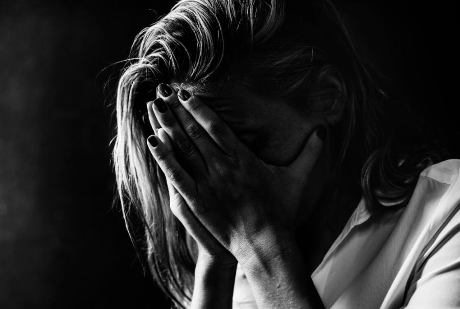 Θεσσαλονίκη: Υποσχέθηκε καριέρα μοντέλου σε 24χρονη για να τη βιάσει και να την εξωθήσει στην πορνεία