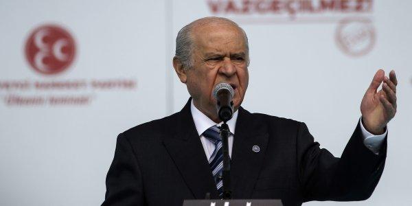 Τουρκία – Μπαχτσελί: Να καταργηθεί το Συνταγματικό Δικαστήριο