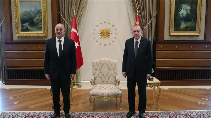 Ολοκληρώθηκε η συνάντηση Ν. Δένδια με τον Τούρκο Πρόεδρο Ερντογάν – Ακολουθεί η συνάντηση με Τσαβούσογλου