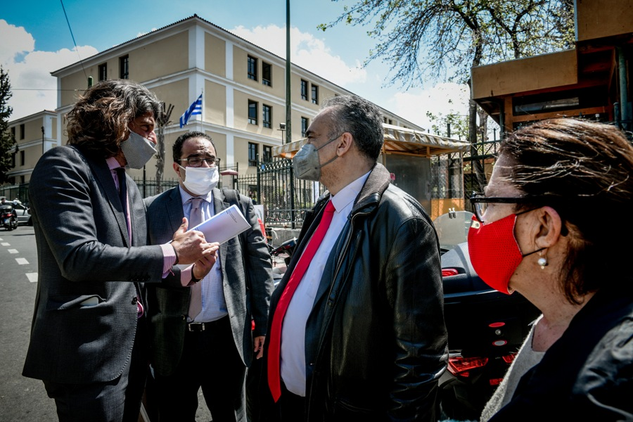 Στη μάχη απονομής συντάξεων ρίχνονται οι δικηγόροι – Την Πέμπτη η τροπολογία του υπουργείου Εργασίας – ΗΧΗΤΙΚΟ