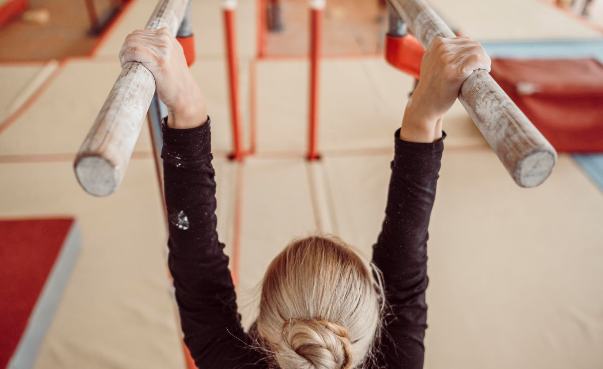 Μπισμπίκου – Πρωταθλήτρια ενόργανης: Έβαζαν τραυματισμένα παιδιά να κάνουν προπόνηση ή αγώνες – ΒΙΝΤΕΟ