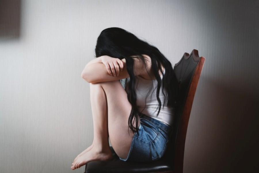 Πιερία: Χειροπέδες σε διευθυντή δημοτικού σχολείου μετά από 14 χρόνια για σεξουαλική κακοποίηση ανήλικης – ΒΙΝΤΕΟ