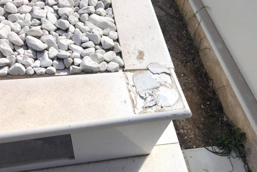 Θεσσαλονίκη: Καταστροφές και κλοπές σε κοιμητήρια – Κατατέθηκε μήνυση κατά αγνώστων – ΦΩΤΟ