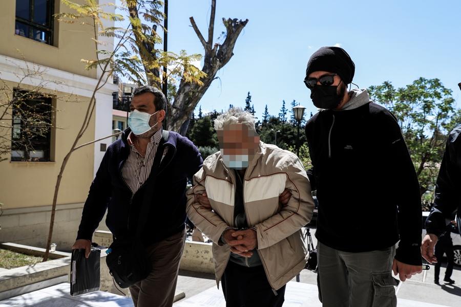 Ποινική δίωξη για ανθρωποκτονία άσκησε ο εισαγγελέας στον παιδοκτόνο του Κορωπίου – Σκότωσε εν ψυχρώ το γιο του