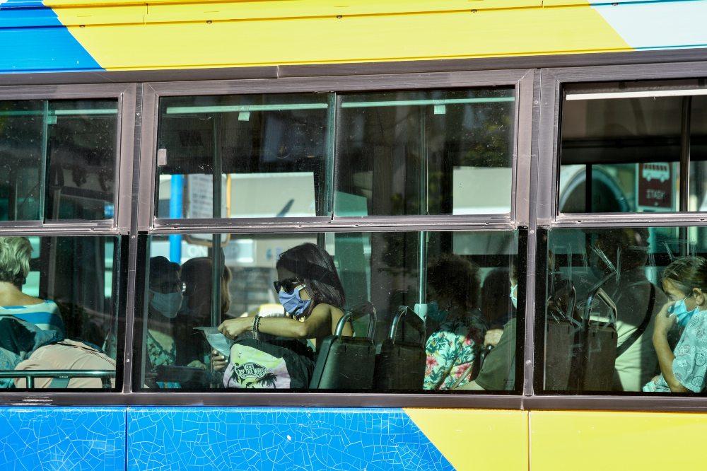 Σε απεργιακό κλοιό η χώρα: Ποιοι συμμετέχουν – Πώς θα κινηθούν τα μέσα μεταφοράς – ΒΙΝΤΕΟ