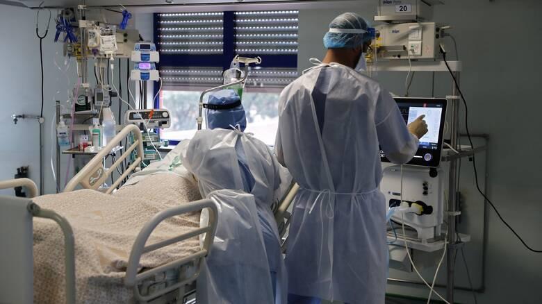 Παρατείνεται για 20 μέρες η επίταξη των ιδιωτών γιατρών – Σε αναζήτηση και νέων γιατρών