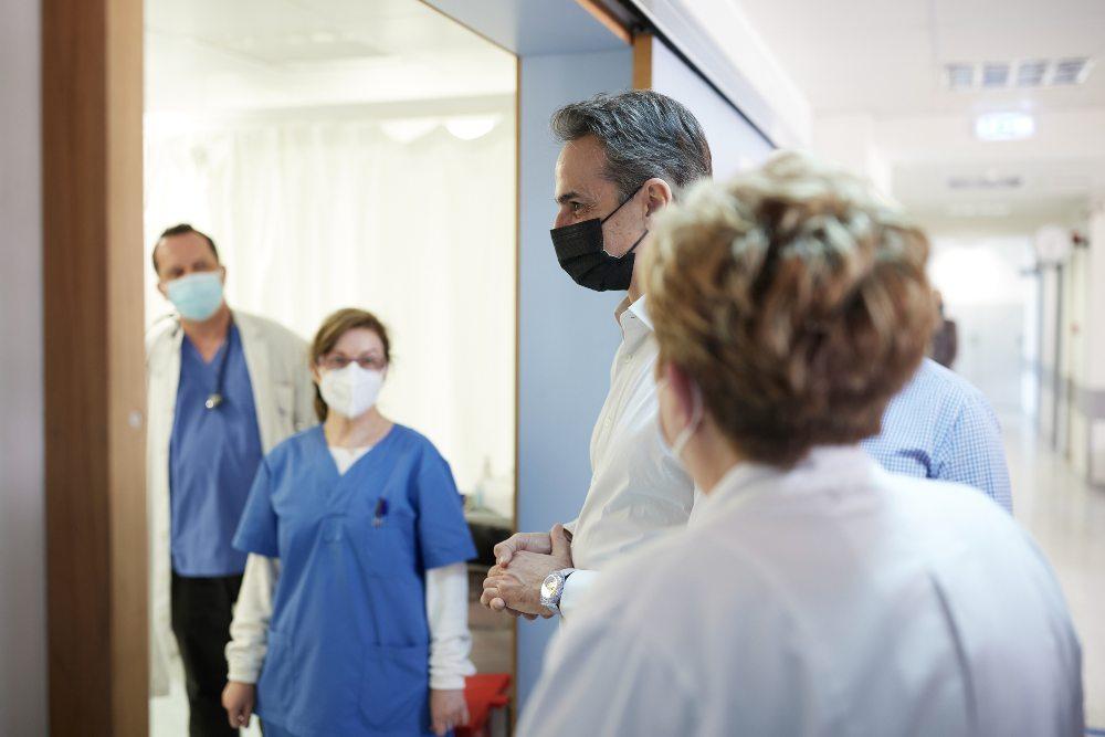 Μητσοτάκης εμβολιαστικο κεντρο Ραφήνα