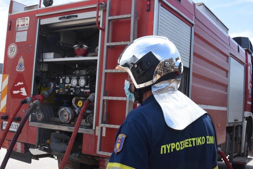 Συναγερμός στην Πυροσβεστική : Σε εξέλιξη πυρκαγιά στο Λαύριο