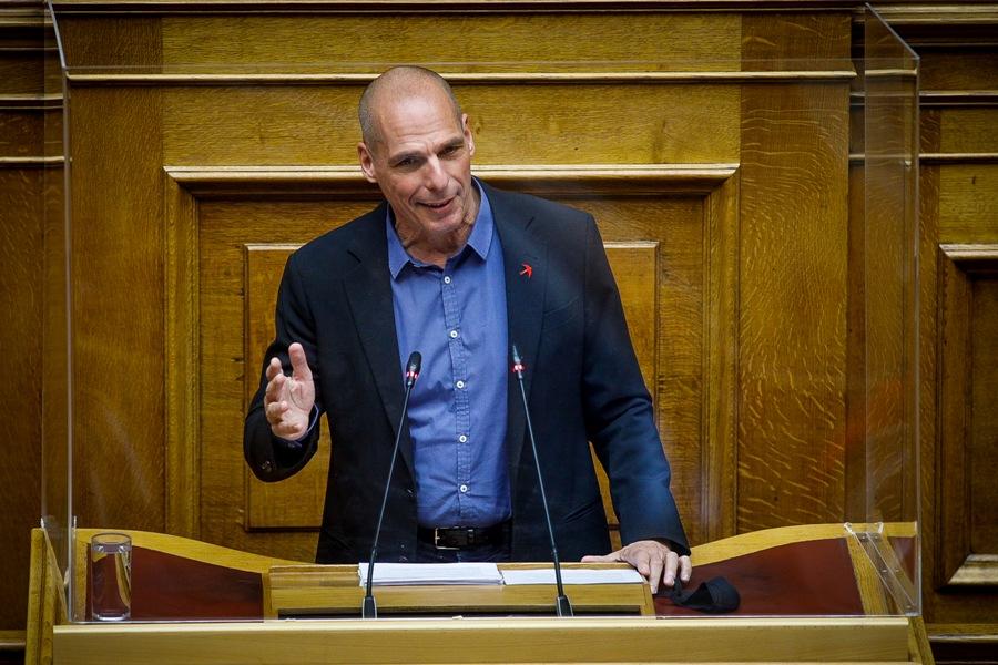 """Βαρουφάκης: """"Το εργασιακό νομοσχέδιο του Κ. Χατζηδάκη επαναφέρει το δόγμα του σοκ"""""""