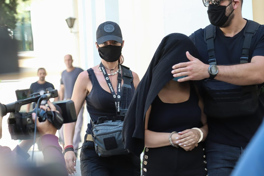 Επίθεση με βιτριόλι στην Ιωάννα: Δεν αποκλείει συνεργούς στην υπόθεση ο Λύτρας – ΒΙΝΤΕΟ