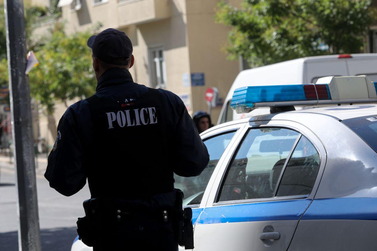 """Γνωστός δικηγόρος κατά αστυνομικών του Α.Τ. Κυψέλης: """"Αήθης και προσβλητική συμπεριφορά δύο οργάνων της τάξης"""" δηλώνει"""