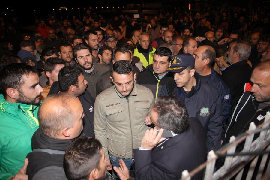 Κρήτη: Ένοχοι και σε δεύτερο βαθμό οι αγρότες για τα επεισόδια στο λιμάνι του Ηρακλείου