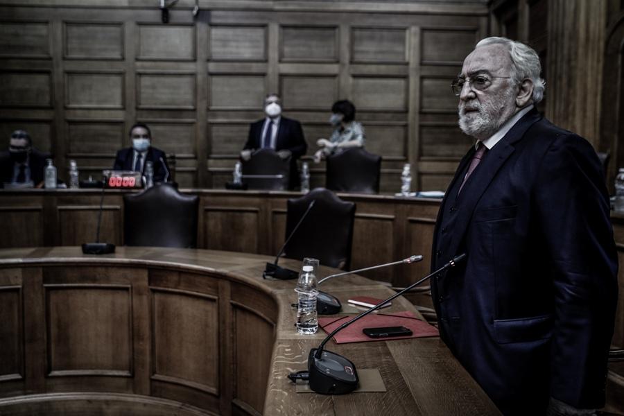 Κατάθεση Καλογρίτσα: Είχα τις μετοχές του τηλεοπτικού σταθμού για τον Νίκο Παππά – ΒΙΝΤΕΟ