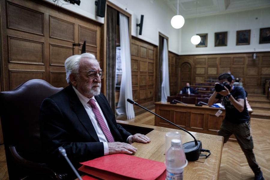 Τα SMS του Καλογρίτσα και το μέλλον της προανακριτικής για τον Νίκο Παππά