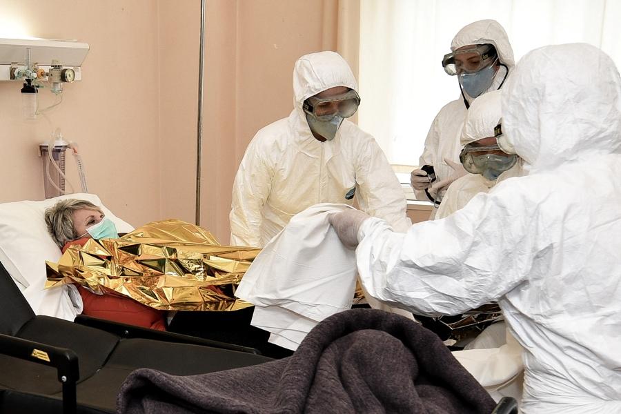 Διαταγή διενέργειας νεκροψίας για ανθρωποκτονία εξ αμελείας – Δεν αρκεί ο ισχυρισμός ότι ο ασθενής πέθανε από κορονοϊό