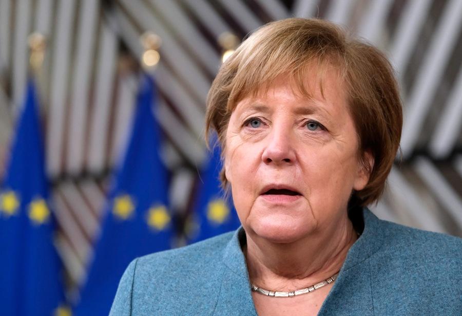 Συνταγματικό Δικαστήριο Γερμανίας: Ελλιπής ενημέρωση από τη Μέρκελ για την Ελλάδα στις διαπραγματεύσεις του 2015