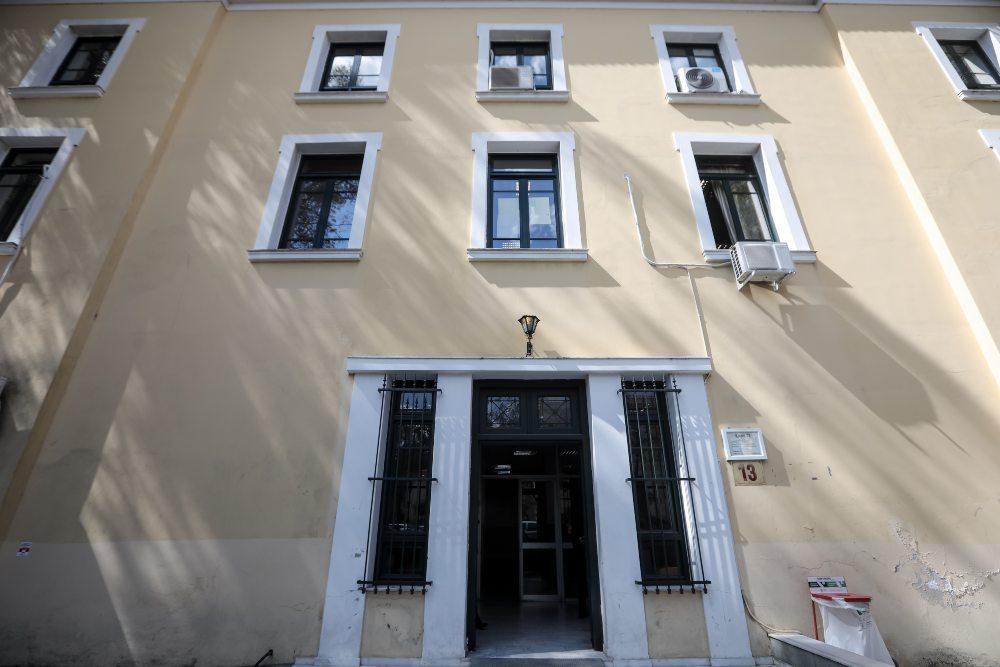 «Καπέλο» τόκων 6% στην καταβολή αναδρομικών – Οι αποφάσεις σταθμός από το Πρωτοδικείο Αθηνών