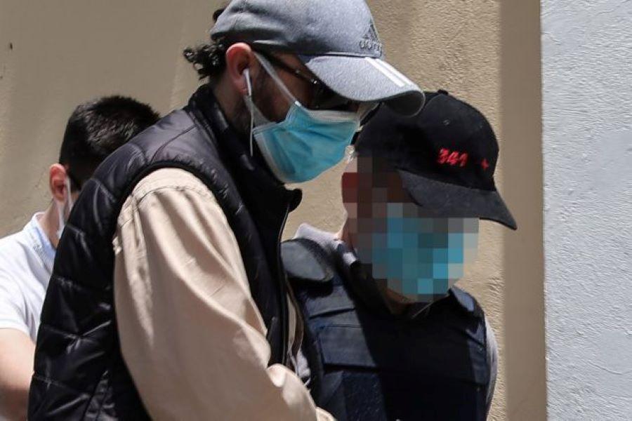 """Ψευτογιατρός """"Dr Kontos"""": Παραπέμπεται σε δίκη με βούλευμα"""