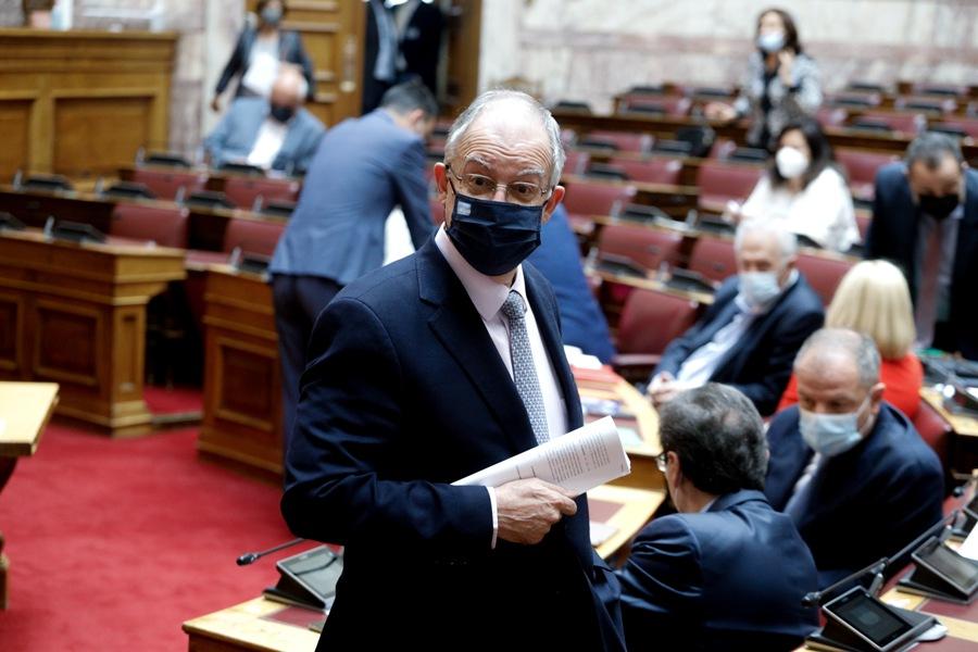 Τασούλας σε ΣΥΡΙΖΑ: Δεν μπορούν να παρίστανται και οι 300 βουλευτές ταυτόχρονα στη Βουλή – ΒΙΝΤΕΟ