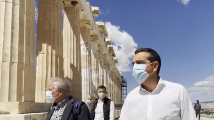 """Αλ. Τσίπρας στην Ακρόπολη: """"Σταματήστε να κακοποιείτε την πολιτιστική μας κληρονομιά"""" – Πελώνη: Ο κ. Τσίπρας για μια ακόμη φορά δυσφημίζει τη χώρα /ΒΙΝΤΕΟ"""