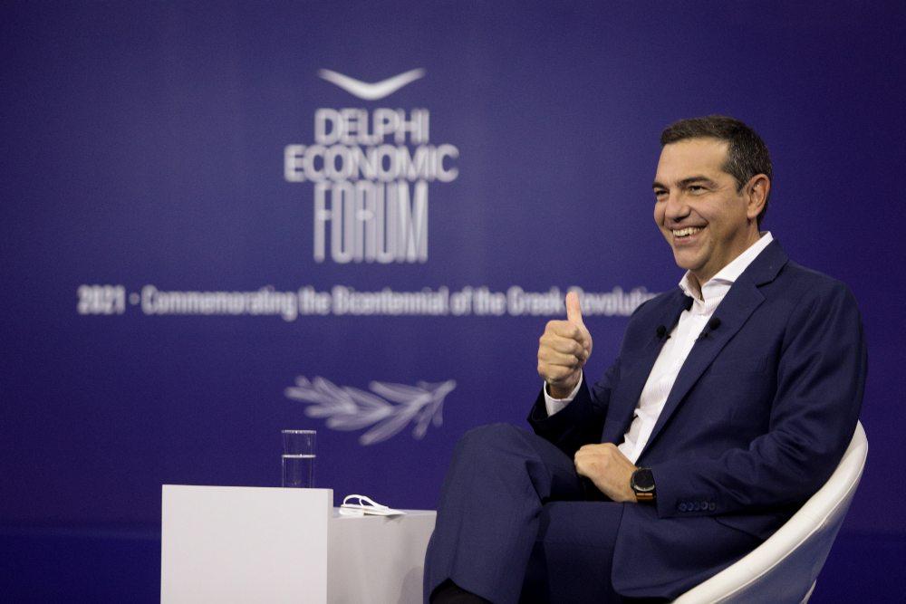 Τσίπρας στο Φόρουμ των Δελφών: Ο Μητσοτάκης βγάζει από τη ναφθαλίνη τις πολιτικές Θάτσερ /ΒΙΝΤΕΟ