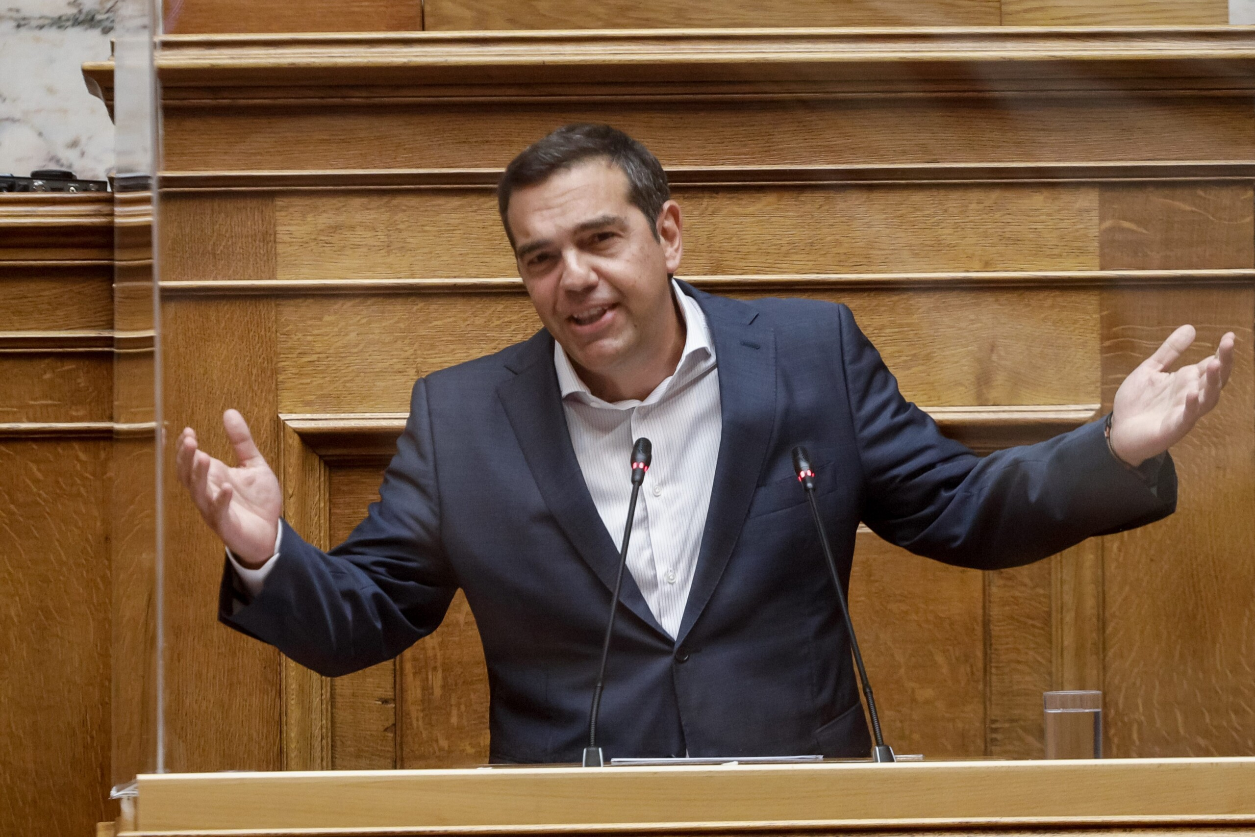 Τσίπρας: Με το εργασιακό ο Μητσοτάκης εξοφλεί γραμμάτιο