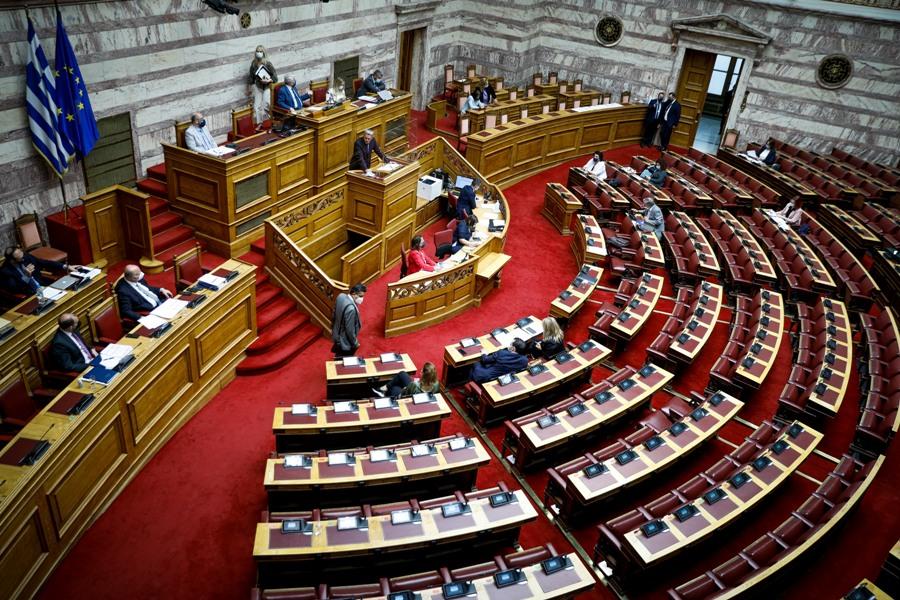 Βουλή – Συνεπιμέλεια: Αίτημα ΣΥΡΙΖΑ για ονομαστική ψηφοφορία – Οι ομιλίες των πολιτικών αρχηγών /ΒΙΝΤΕΟ,ΦΩΤΟ