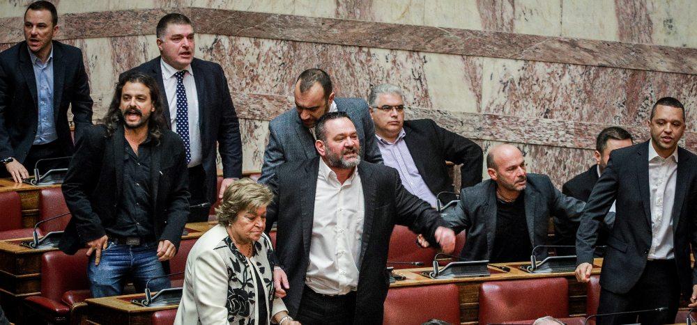 Στέρηση πολιτικών δικαιωμάτων για τους καταδικασθέντες βουλευτές της Χρυσής Αυγής
