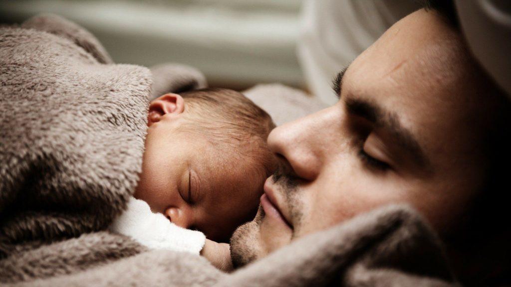 Η νέα άδεια πατρότητας