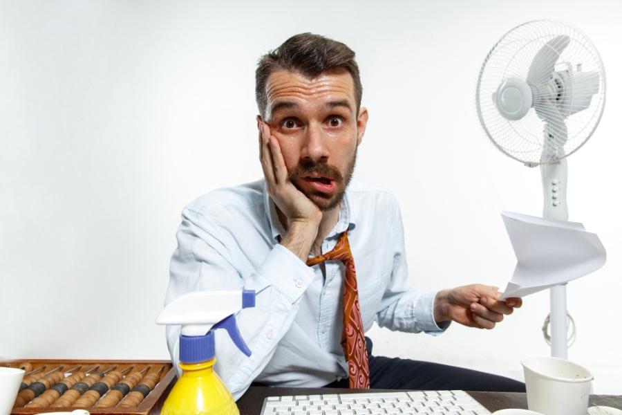 Εργασία με καύσωνα: Τί πρέπει να γνωρίζετε
