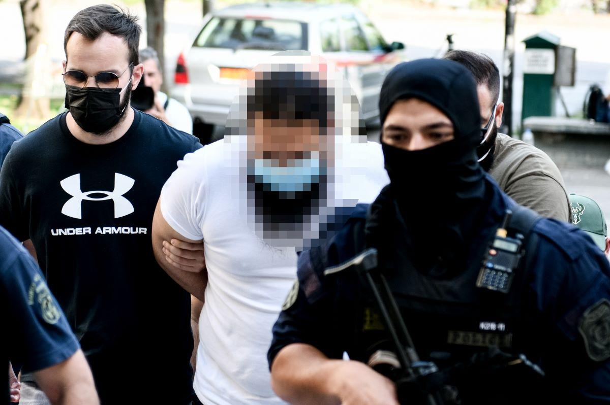 Μονή Πετράκη: Στον εισαγγελέα ο ιερέας που επιτέθηκε σε 7 Μητροπολίτες