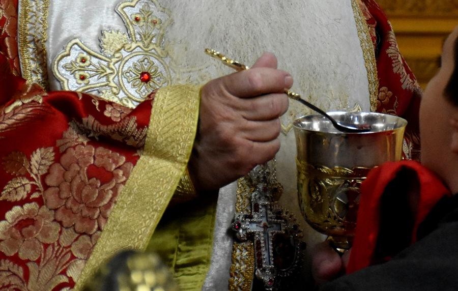 Ιωάννινα: Ιερείς χρησιμοποίησαν πλαστικά σκεύη στη μετάληψη και τιμωρήθηκαν