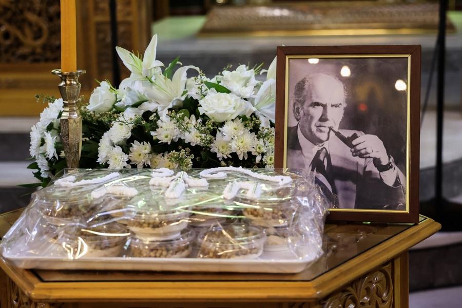 25 χρόνια από το θάνατο του Ανδρέα Παπανδρέου: Μνημόσυνο στο Μασταμπά – ΒΙΝΤΕΟ – ΦΩΤΟ