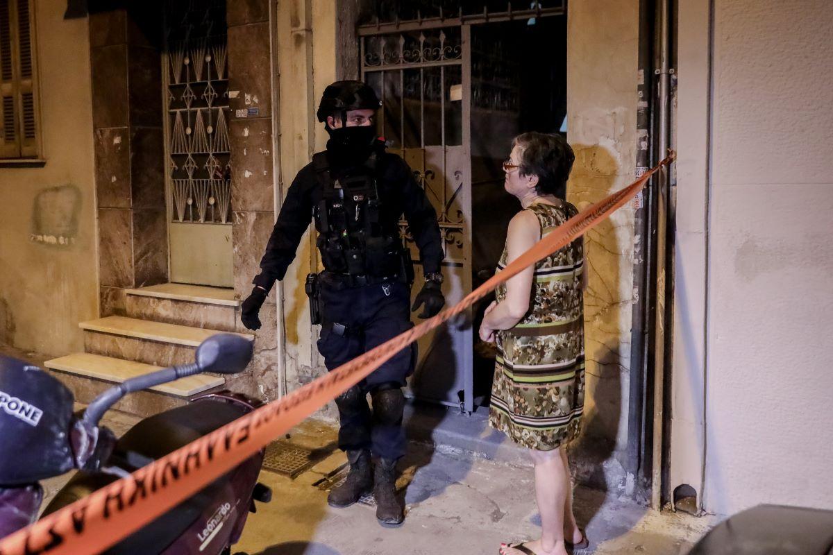 Πετράλωνα: Γνώριμος της ΕΛΑΣ ο κατά συρροήν βιαστής της καθαρίστριας