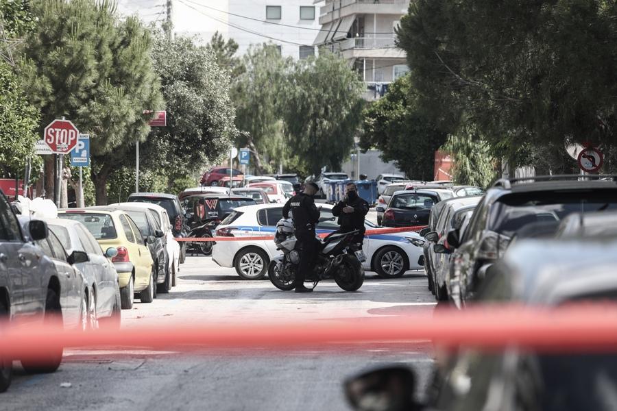 Άλιμος: Πυροβολισμοί σε διαμέρισμα – Αποκλεισμένη η περιοχή – ΒΙΝΤΕΟ