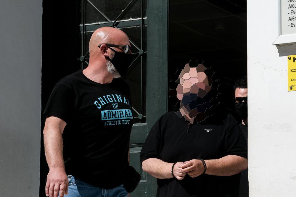 Συναγερμός στη Ραφήνα: Καταγγελίες για απόπειρες αρπαγής ανηλίκων με ένα άσπρο βαν – ΒΙΝΤΕΟ