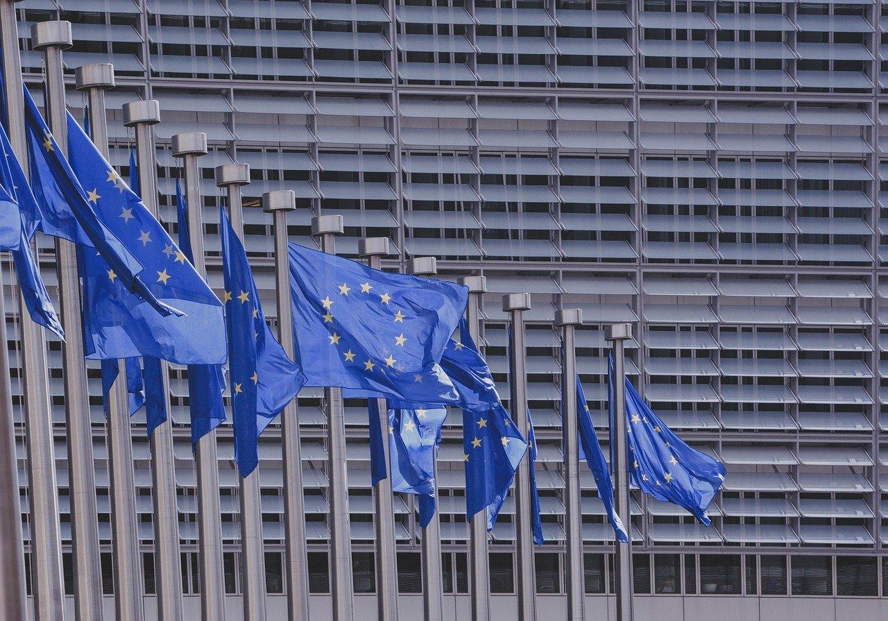 Η Ευρωπαϊκή Επιτροπή ενέκρινε το εμβόλιο της Moderna