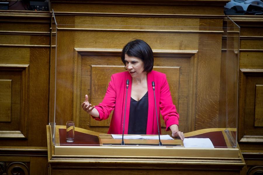 """""""Μετωπική"""" στη Βουλή: Αναφορά Ελευθεριάδου για πολιτικούς κρατουμένους στην Ελλάδα – ΒΙΝΤΕΟ"""
