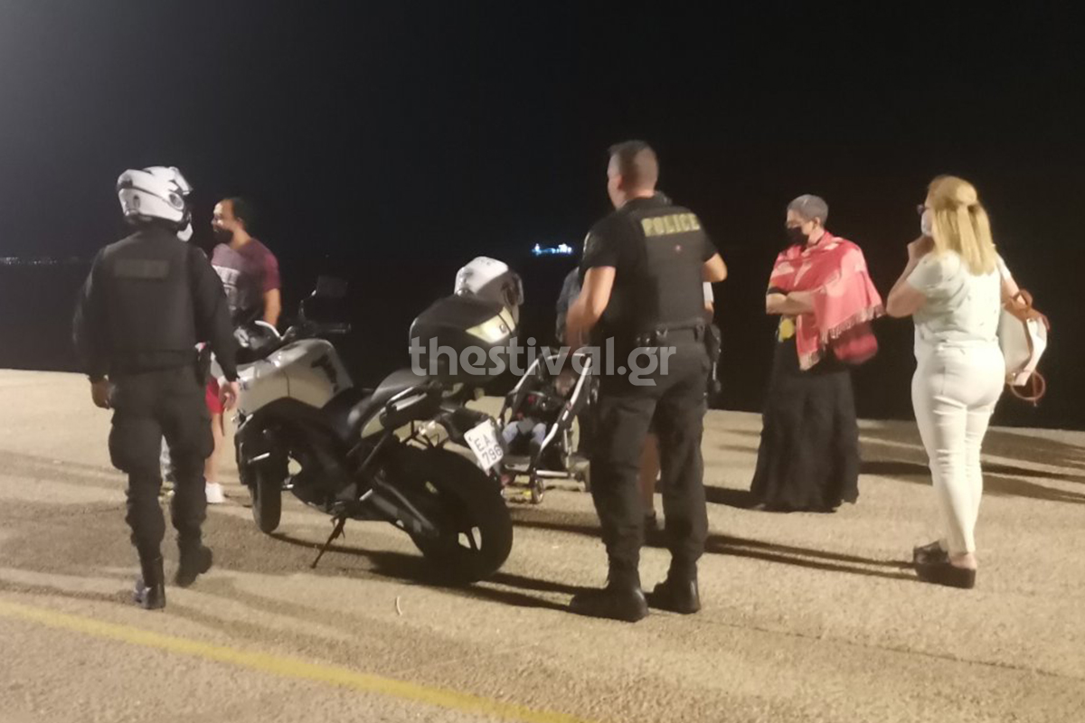 Αδιανόητο περιστατικό στη Θεσσαλονίκη: Εγκατέλειψαν το βρέφος τους στο καρότσι για να γλιτώσουν τη σύλληψη – ΒΙΝΤΕΟ– ΦΩΤΟ