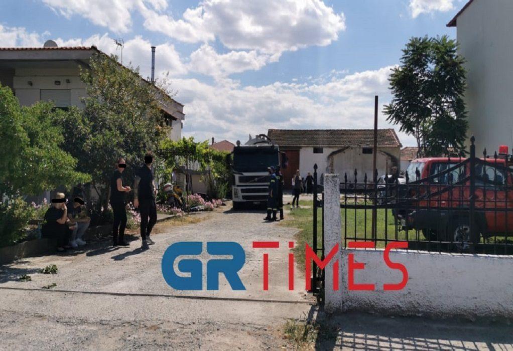 Θεσσαλονίκη: Εισαγγελική παρέμβαση για το βρέφος που βρέθηκε νεκρό σε βόθρο – Πώς συνέβη η τραγωδία – ΒΙΝΤΕΟ – ΦΩΤΟ