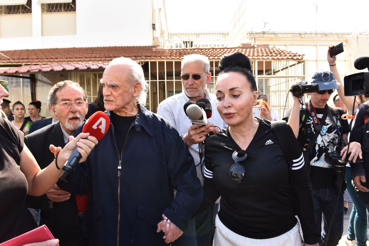 Πέθανε ο Άκης Τσοχατζόπουλος - Έπαθε ανακοπή καρδιάς