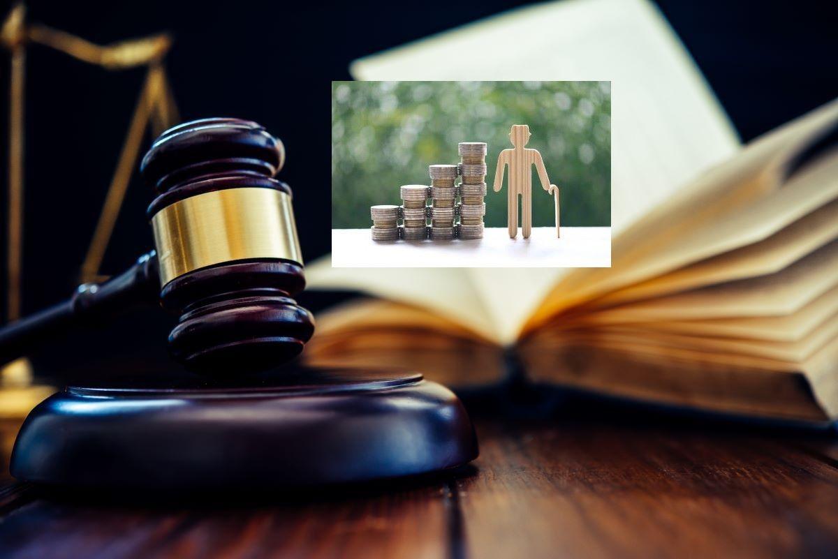 """Με δικαστική """"βούλα"""" η αναγνώριση της πρακτικής άσκησης των δικηγόρων ως συντάξιμη"""