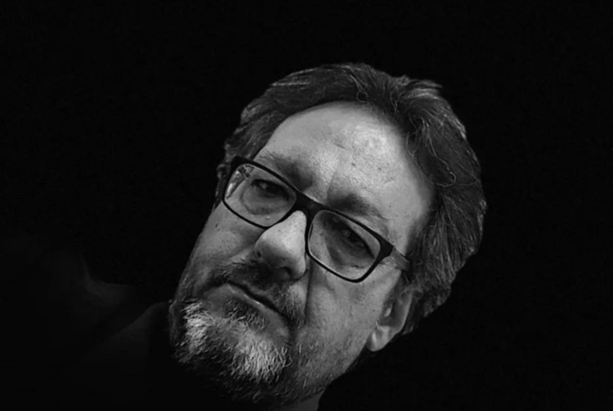 «Ορθάνοιχτοι λογαριασμοί»: Ο Κωστής Τσιακανίκας μας διηγείται δύο ιστορίες