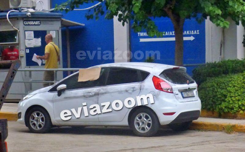 Εύβοια-νεκρός αστυνομικός: Έξω από την Α.Δ Ερέτριας το αυτοκίνητο του