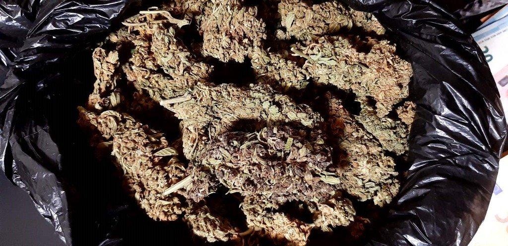 """Κρήτη: Η """"μαφία"""" του Φοδέλε - Oικογένεια διακινούσε ναρκωτικά"""