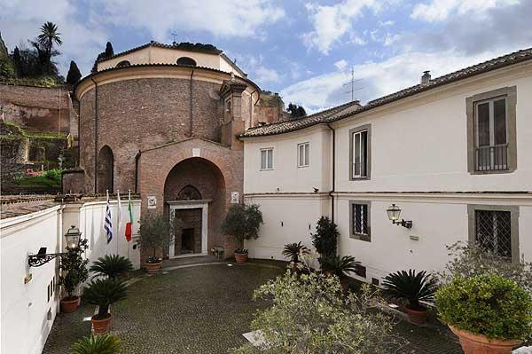 Γάμος στη Ρώμη για τον Γιάννη Καρούζο και την Μαριάννα Κατσιάδα