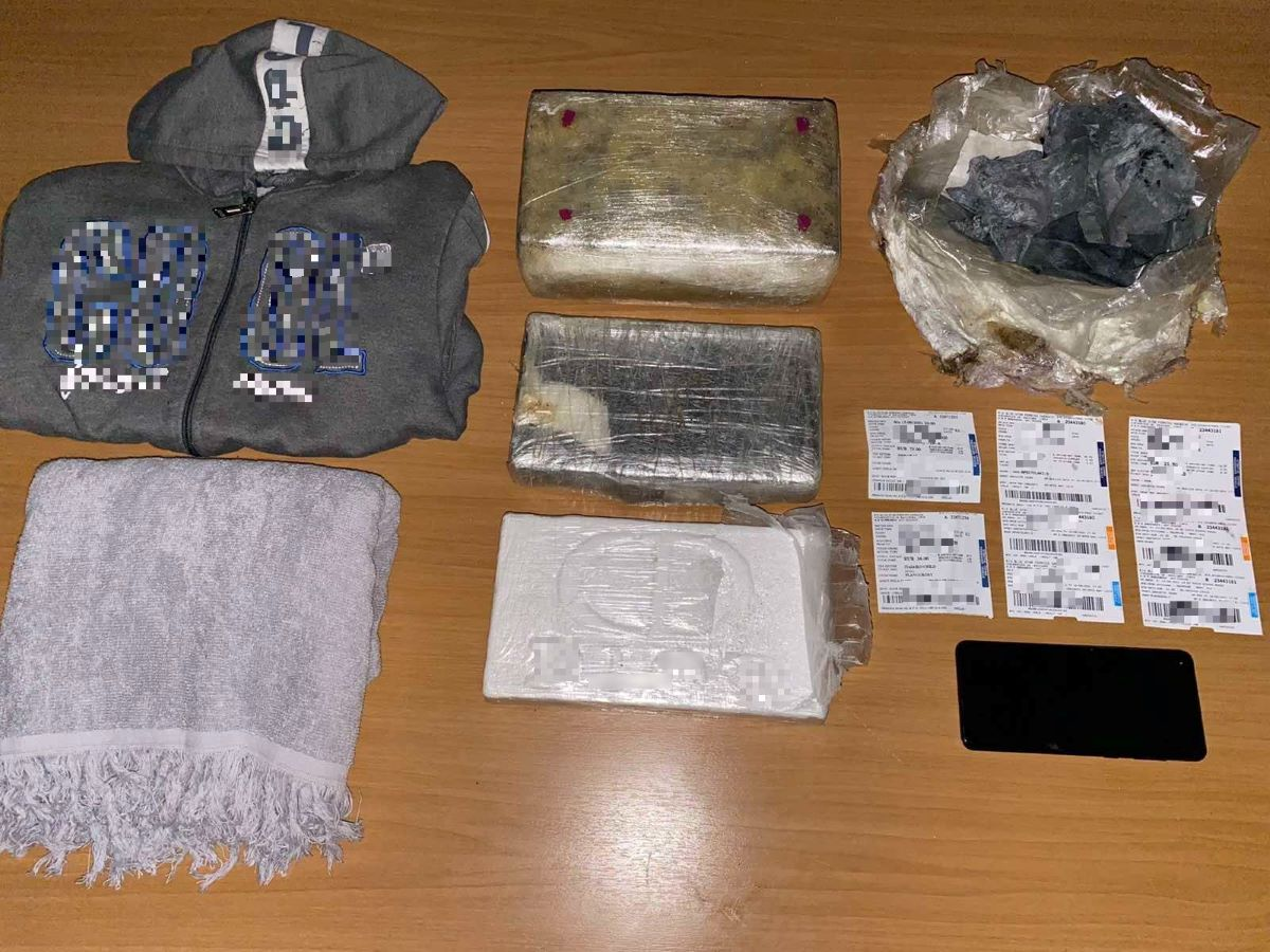 Το βαπόρι για την… Μυτιλήνη μετέφερε κοκαΐνη αξίας πάνω από 200.000 ευρώ – ΒΙΝΤΕΟ – ΦΩΤΟ